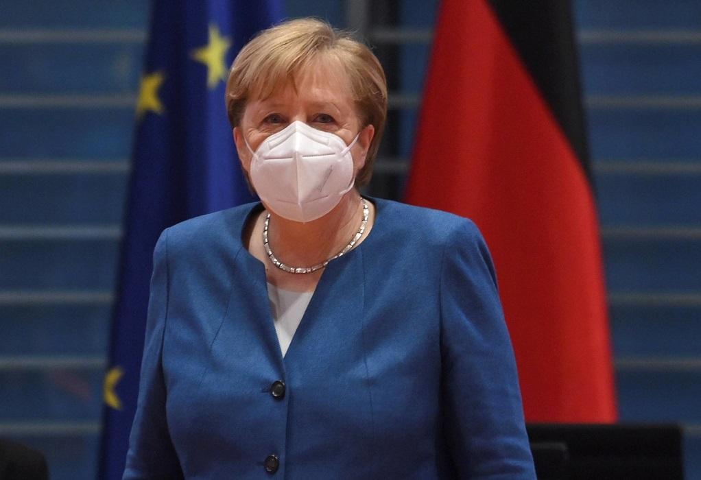 Μέρκελ: Το τρίτο κύμα της πανδημίας θα είναι ίσως και το χειρότερο
