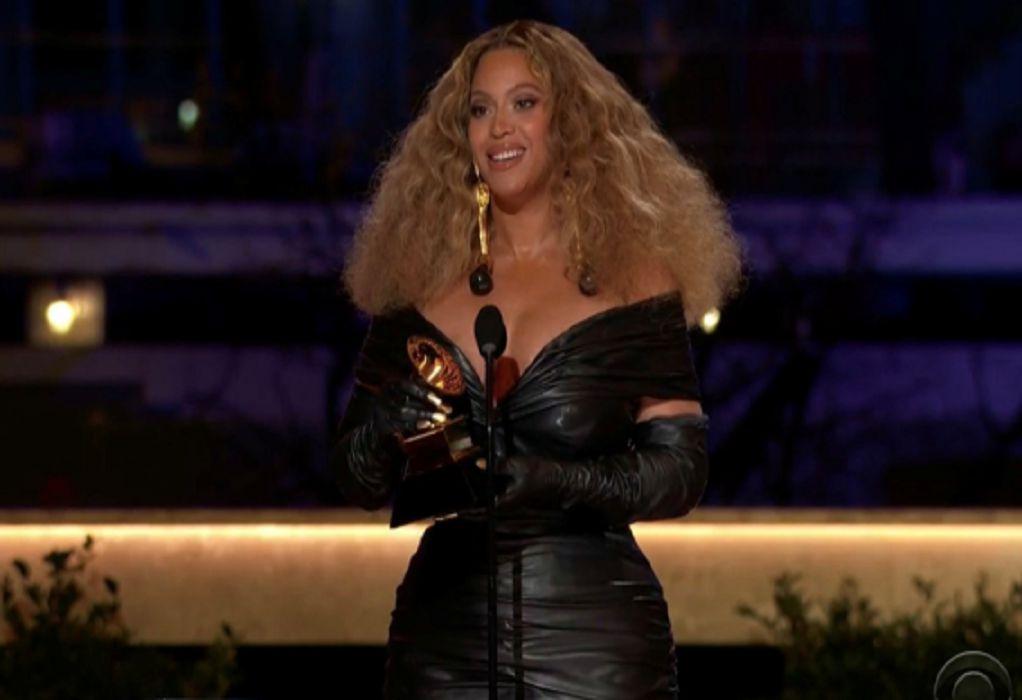 Βραβεία Grammy: Οι μεγάλοι νικητές, το ρεκόρ της Beyonce και η… άνευρη τελετή