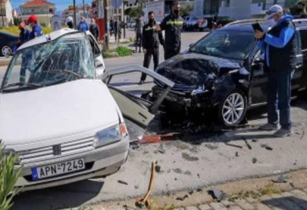 Σύγκρουση αυτοκινήτων με έναν νεκρό