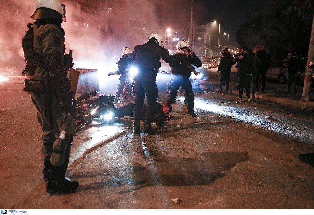 Επεισόδια Ν. Σμύρνη: Στο μικροσκόπιο οι καταθέσεις αστυνομικών