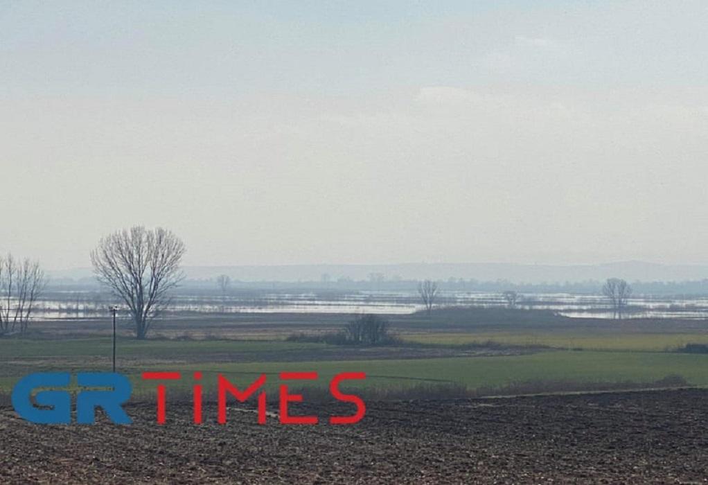 Σέρρες: Χάος με τις αποζημιώσεις των αγροτών – Στα 70 cm ακόμη το νερό (ΦΩΤΟ)
