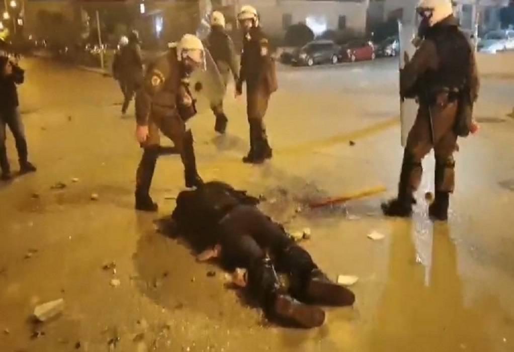 Ν. Σμύρνη: Συνελήφθη ένας από τους δράστες της επίθεσης κατά του αστυνομικού
