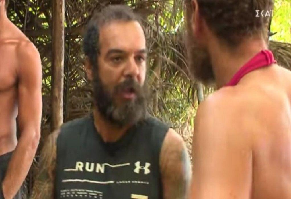 Survivor: Αντάλλαξαν «γαλλικά» Τριαντάφυλλος και Κώστας (VIDEO)