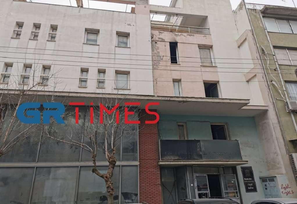 Θεσσαλονίκη: Τρεις νεκροί σε φωτιά σε εγκαταλελειμμένο κτίριο (ΦΩΤΟ-VIDEO)