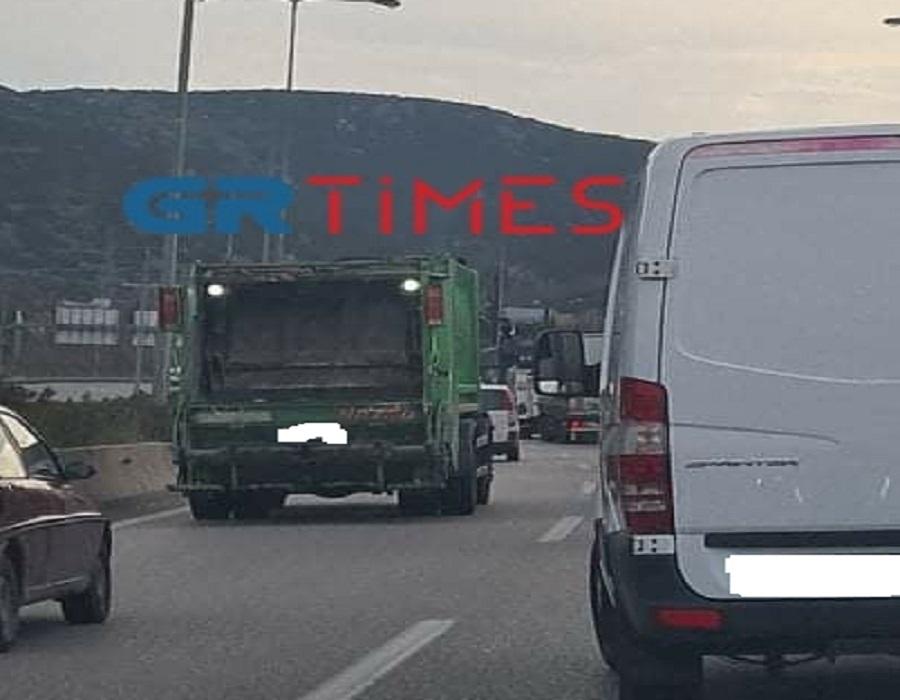 Θεσσαλονίκη: Στοπ για τις εργασίες στην Περιφερειακή μετά το νέο μποτιλιάρισμα