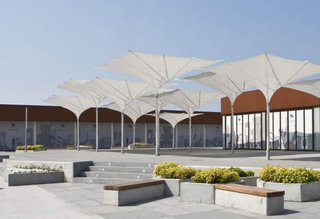 Στο 'East Plaza', τα hubs της Pfizer στη Θεσσαλονίκη