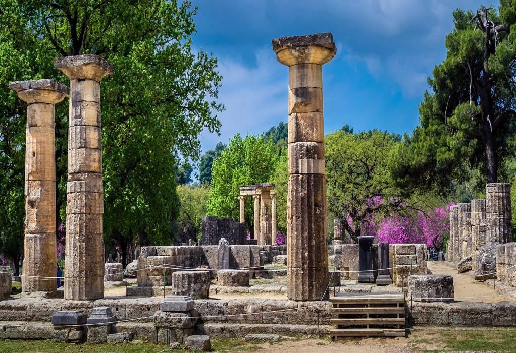 Πελοπόννησος – Τουρισμός: Πληρότητες στο 85% – «Έκλεισε» η σεζόν στις πυρόπληκτες περιοχές