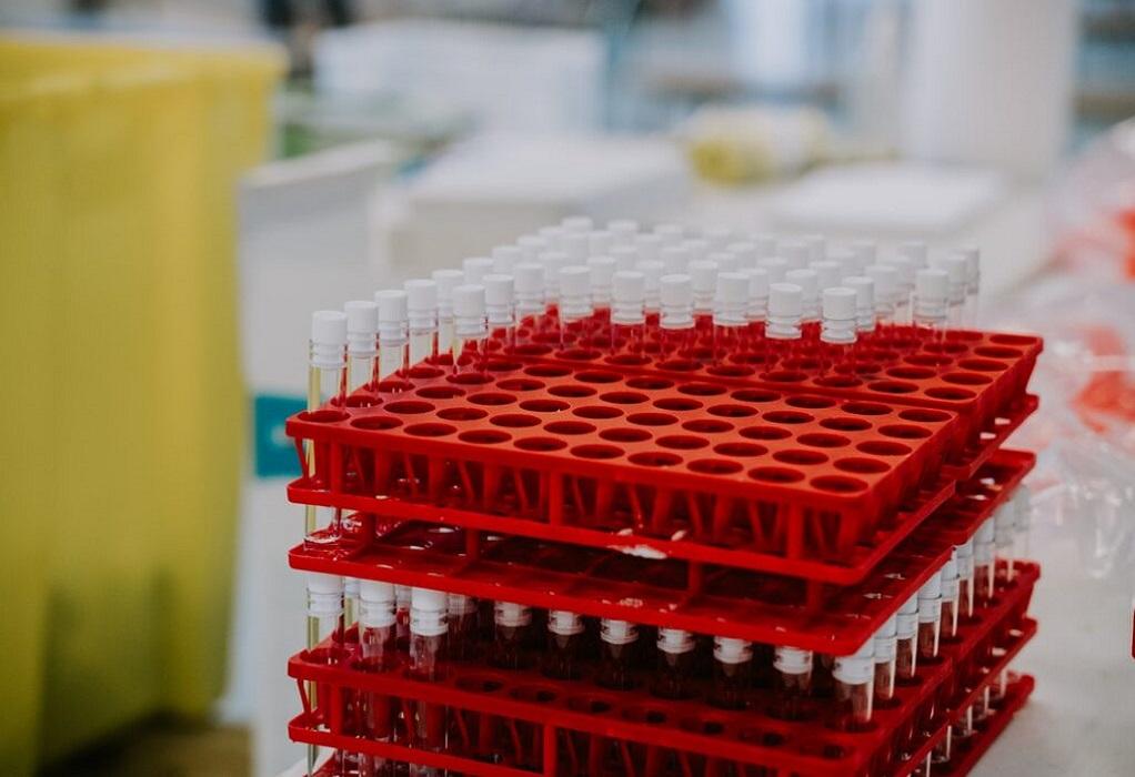 Pfizer και Moderna αύξησαν τις τιμές των εμβολίων