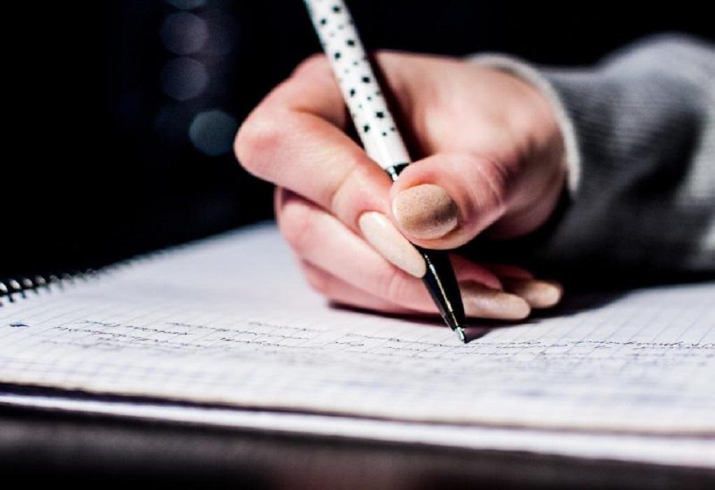 Κεραμέως: Παρατείνεται το σχολικό έτος – Στις 14 Ιουνίου οι Πανελλήνιες