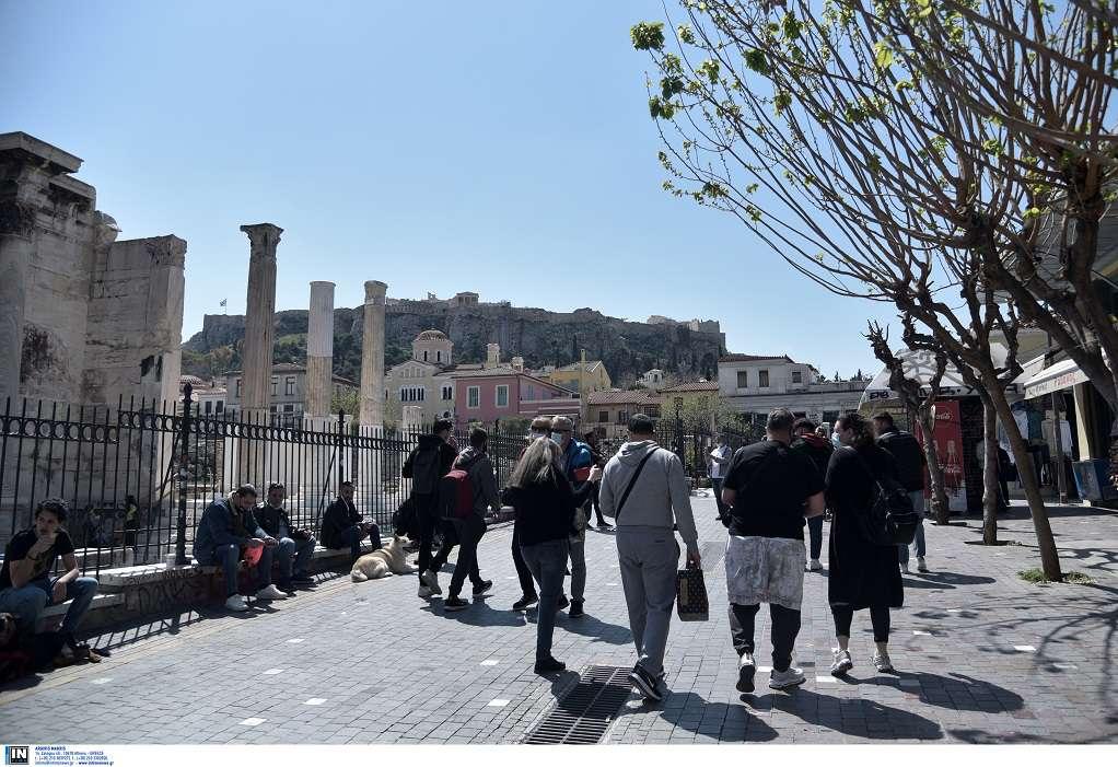 Εξαδάκτυλος: «Δεν είναι δυνατή μια μαζική έξοδος το Πάσχα»