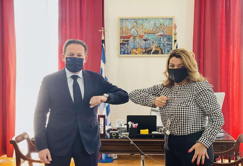 Συνάντηση εργασίας Στ. Πέτσα με την Μ. Αντωνίου στη Θεσσαλονίκη
