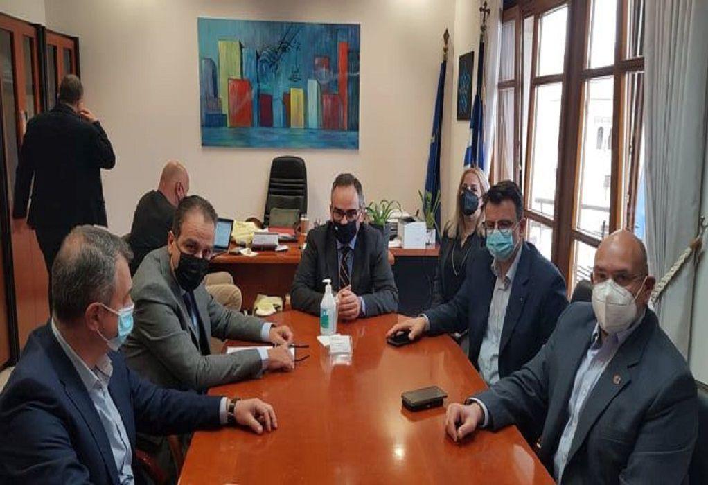 Οι 3+1 προτάσεις του ιατρικού κόσμου της Θεσσαλονίκης για ενίσχυση του ΕΣΥ και συνεργασία με ιδιώτες