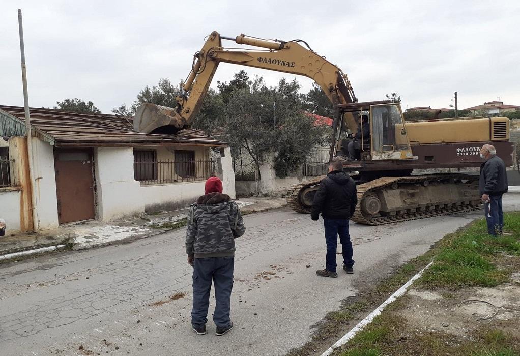 Διαβατά: Κατεδαφίστηκε αυθαίρετο κτίσμα – Πάρκα και πλατείες υπόσχεται ο δήμος Δέλτα