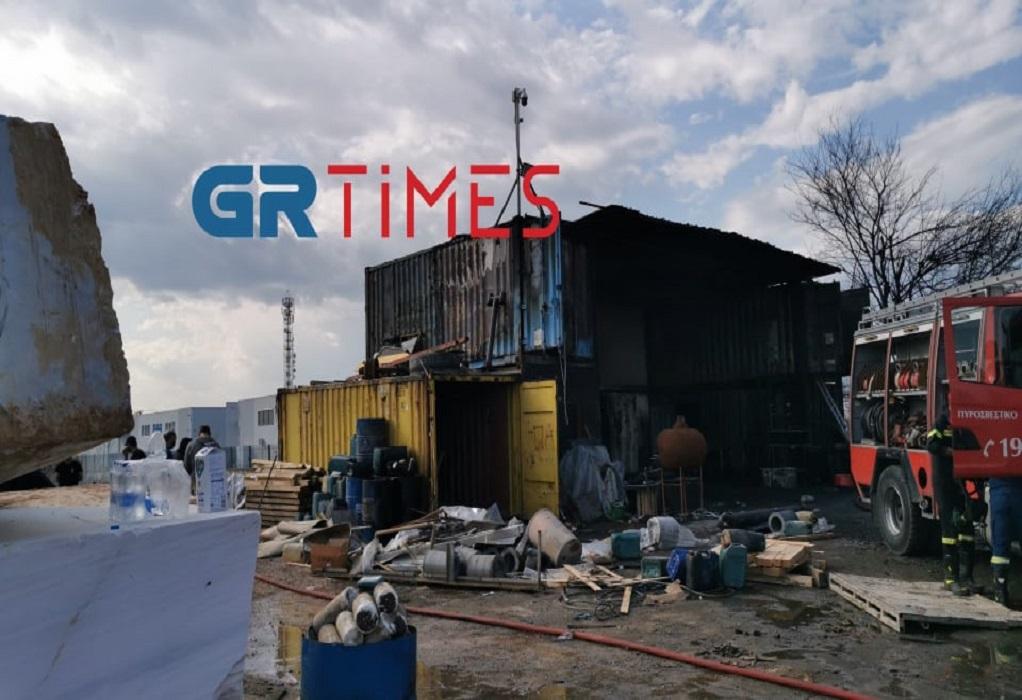 Θεσ/νίκη: Φωτιά σε αποθήκη στο Καλοχώρι (VIDEO-ΦΩΤΟ)