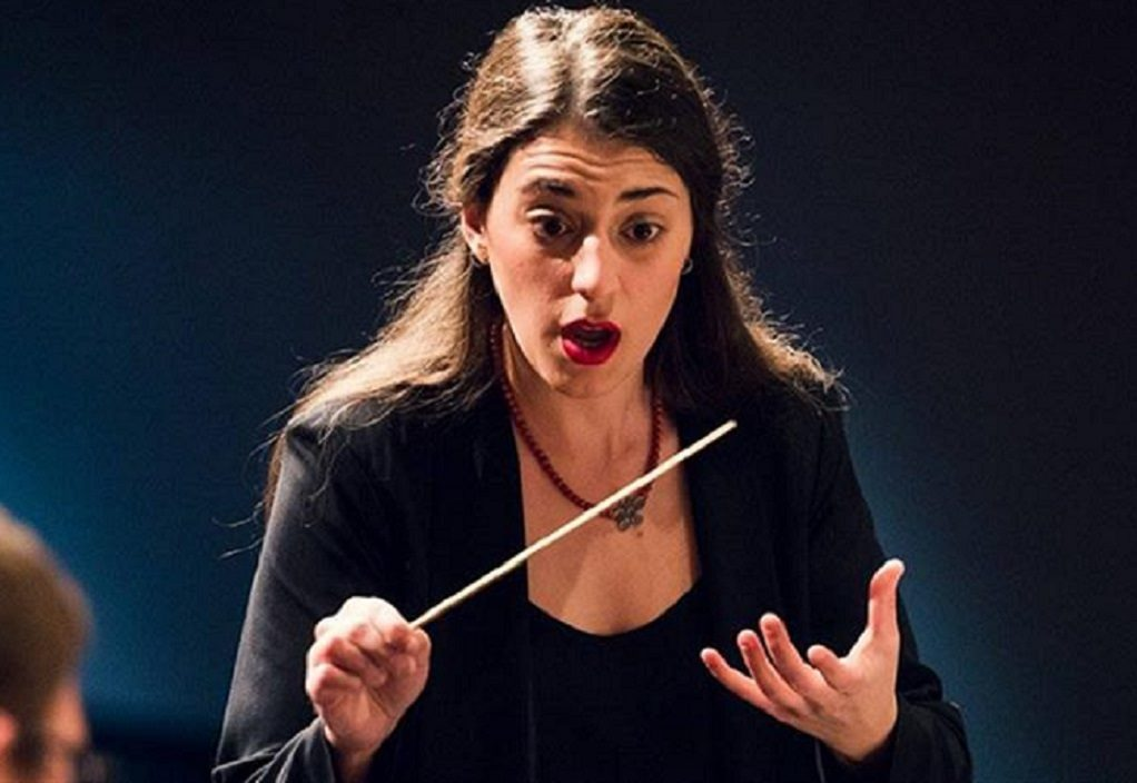 Ελληνίδα η 1η γυναίκα μαέστρος στη Συμφωνική Ορχήστρα του Κονρό
