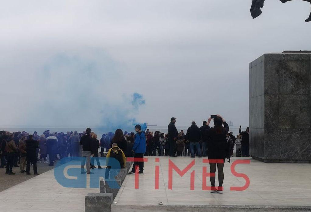 Διαμαρτυρία κατά των self test και των εμβολίων στη Θεσσαλονίκη (ΦΩΤΟ-VIDEO)