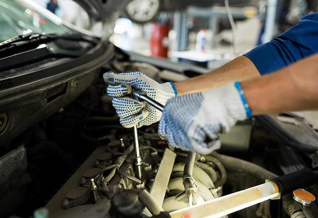 Μία υπάλληλος για 1.300 επιχειρήσεις auto και moto