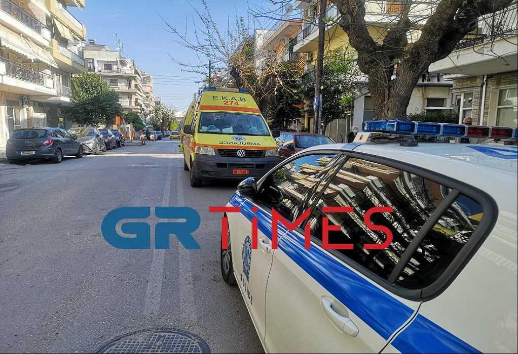 Θεσσαλονίκη: Λούστηκε με οινόπνευμα και απειλούσε να καεί