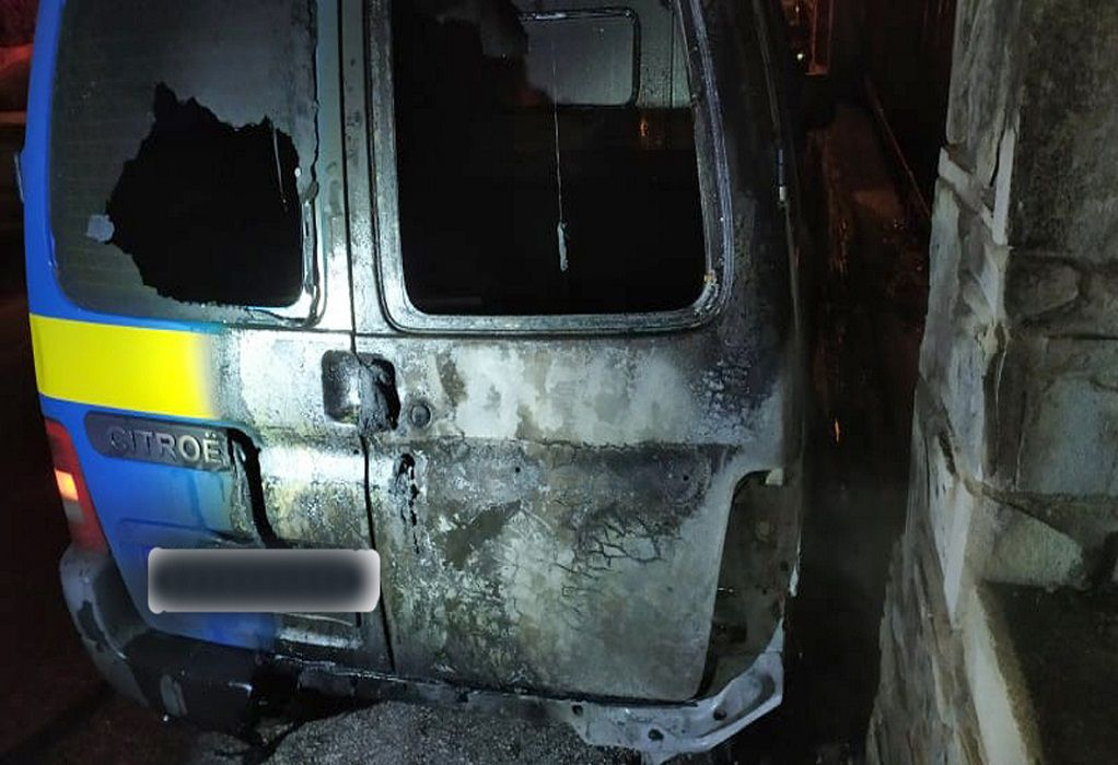 Θεσσαλονίκη: Φωτιά σε οχήματα τα ξημερώματα στις Συκιές (ΦΩΤΟ)