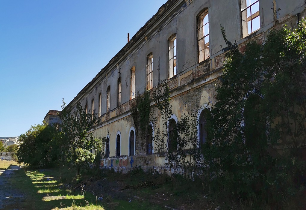 Ξενάγηση 1ου ΓΕΛ Σταυρούπολης στο πρώην στρατόπεδο Παύλου Μελά