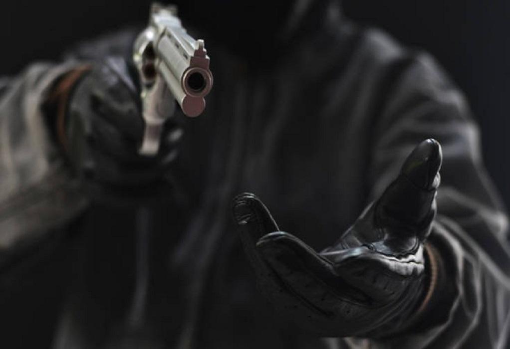 Θεσ/νίκη: Ένοπλη ληστεία σε βενζινάδικο την Κυριακή του Πάσχα