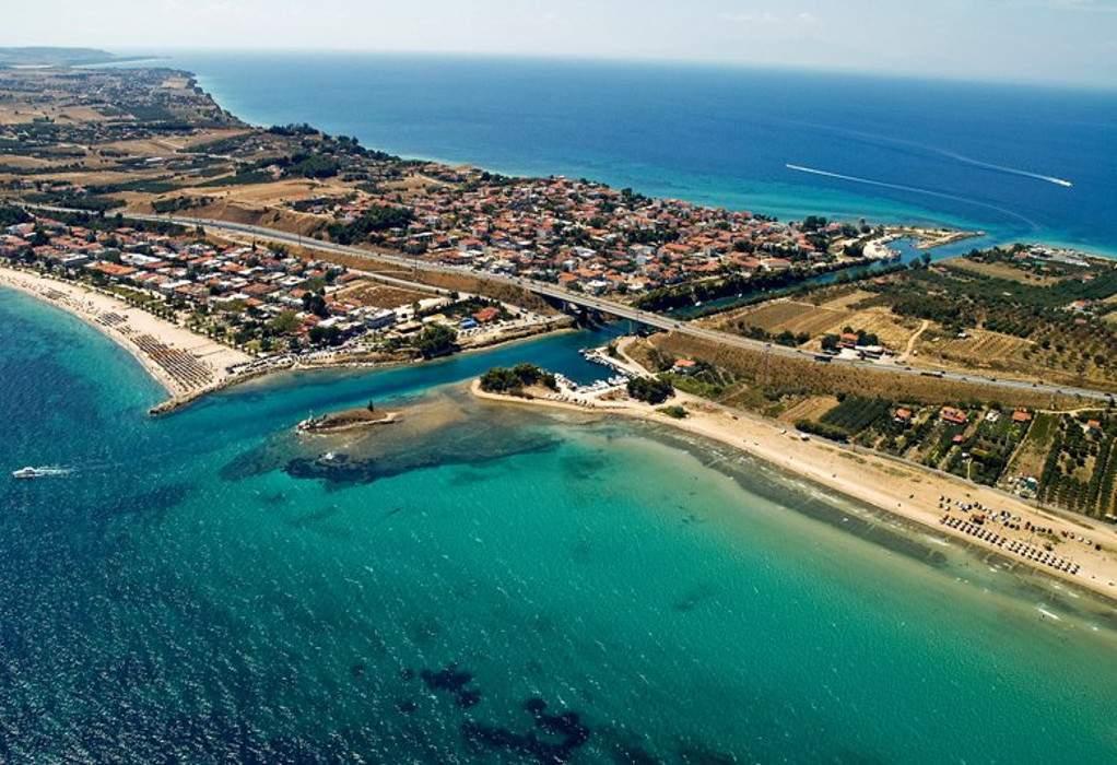 """Οι """"πιστοί"""" της Χαλκιδικής: Εξοχικές το 65% των κατοικιών"""