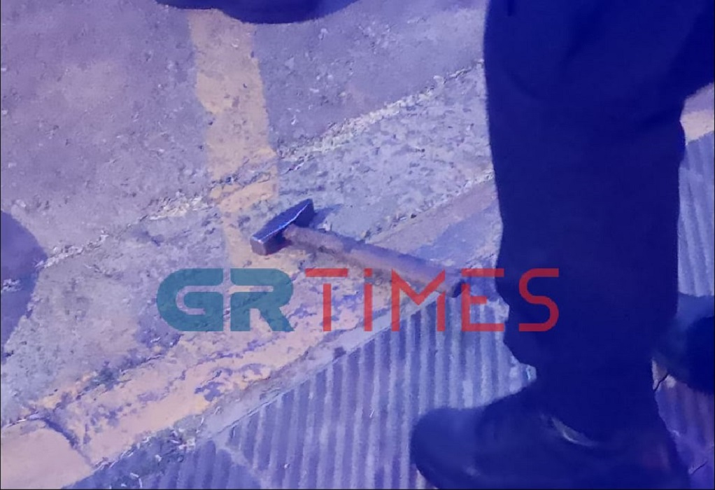 Θεσ/νίκη-Τώρα: Επίθεση σε οδηγό με σφυρί (ΦΩΤΟ-VIDEO)