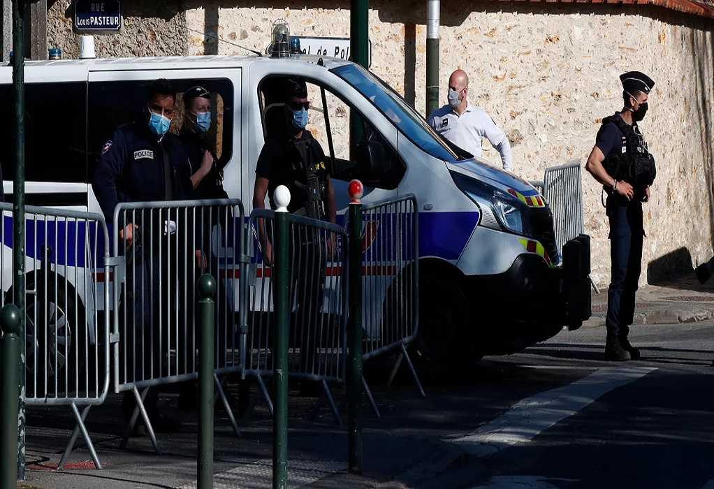 Γαλλία: Κυνηγητό για τον εντοπισμό βαριά οπλισμένου στρατιωτικού
