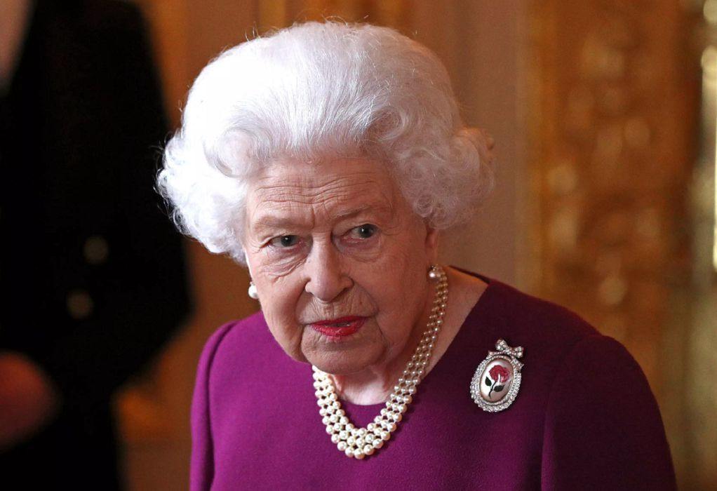 Βασίλισσα Ελισάβετ: Είναι αντίθετη στα σχέδια του πρίγκιπα Κάρολου για το Μπάκιγχαμ