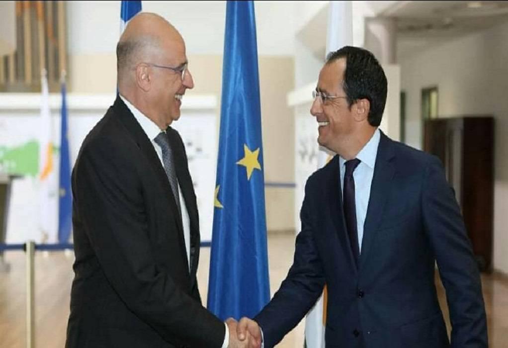 Eπικοινωνία Δένδια- Χριστοδουλίδη για κυπριακό κι ευρωτουρκικές σχέσεις