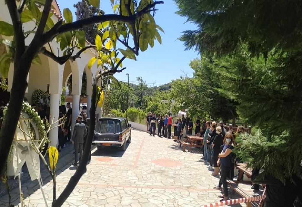 """Κηδεία Καρολάιν: Στην Αλόννησο το τελευταίο """"αντίο"""""""