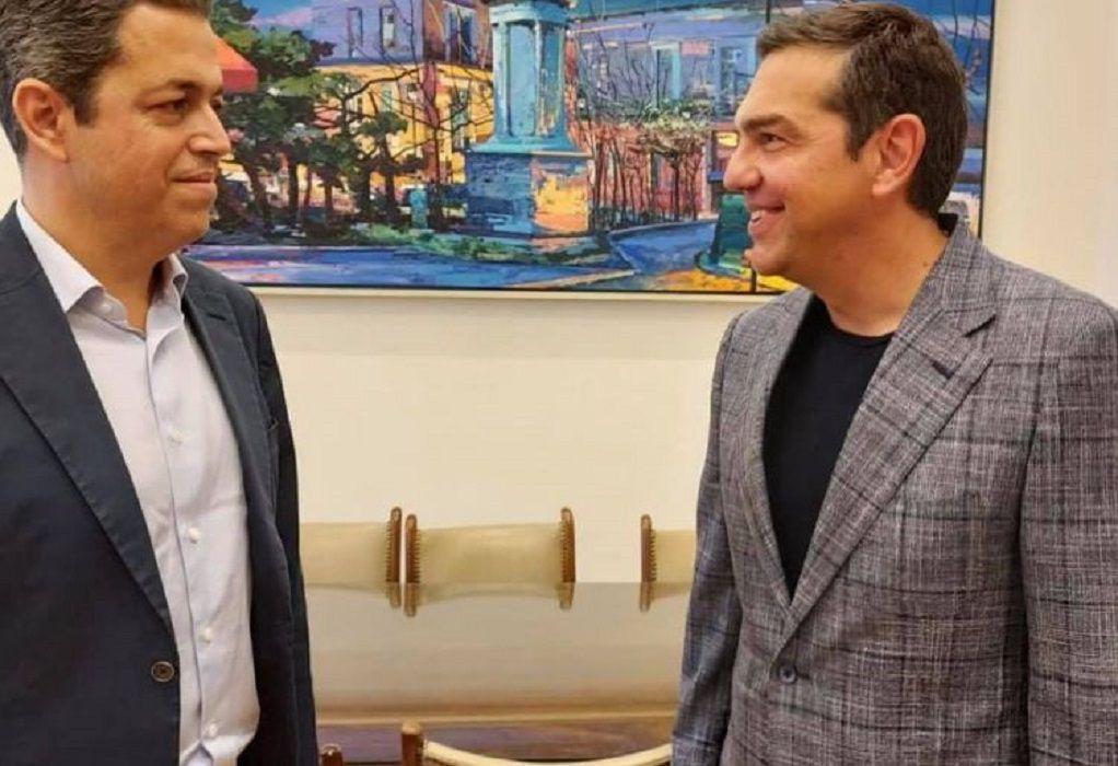Στον ΣΥΡΙΖΑ ο πρώην βουλευτής του ΠΑΣΟΚ Σ. Κεδίκογλου – Η συνάντηση με Τσίπρα
