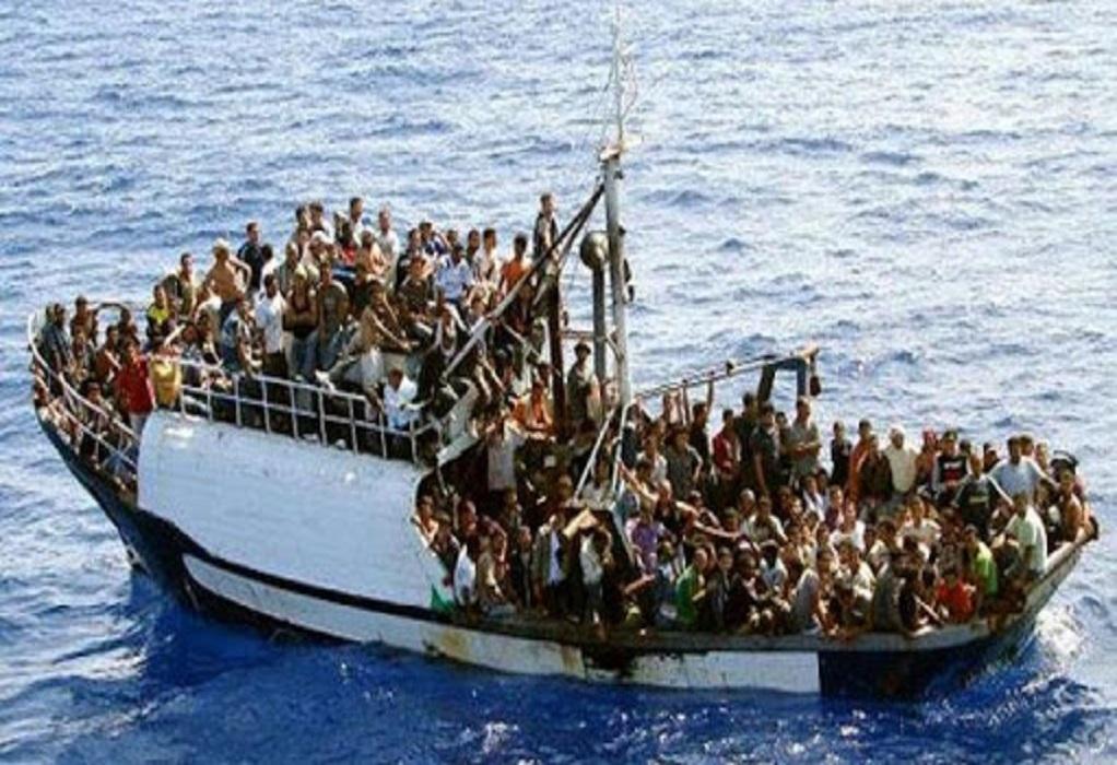 Ιταλία: Έφτασαν πλοιάρια με πάνω από 500 μετανάστες