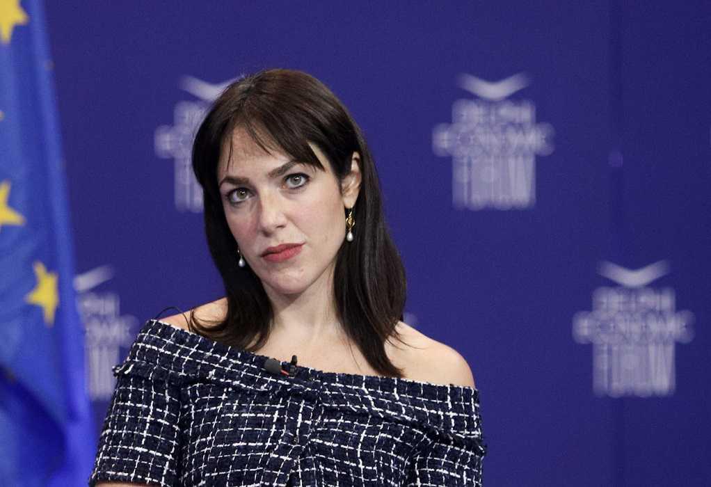 Μιχαηλίδου: Θα απολύονται όσοι αρνούνται να εμβολιαστούν μετά την αναστολή