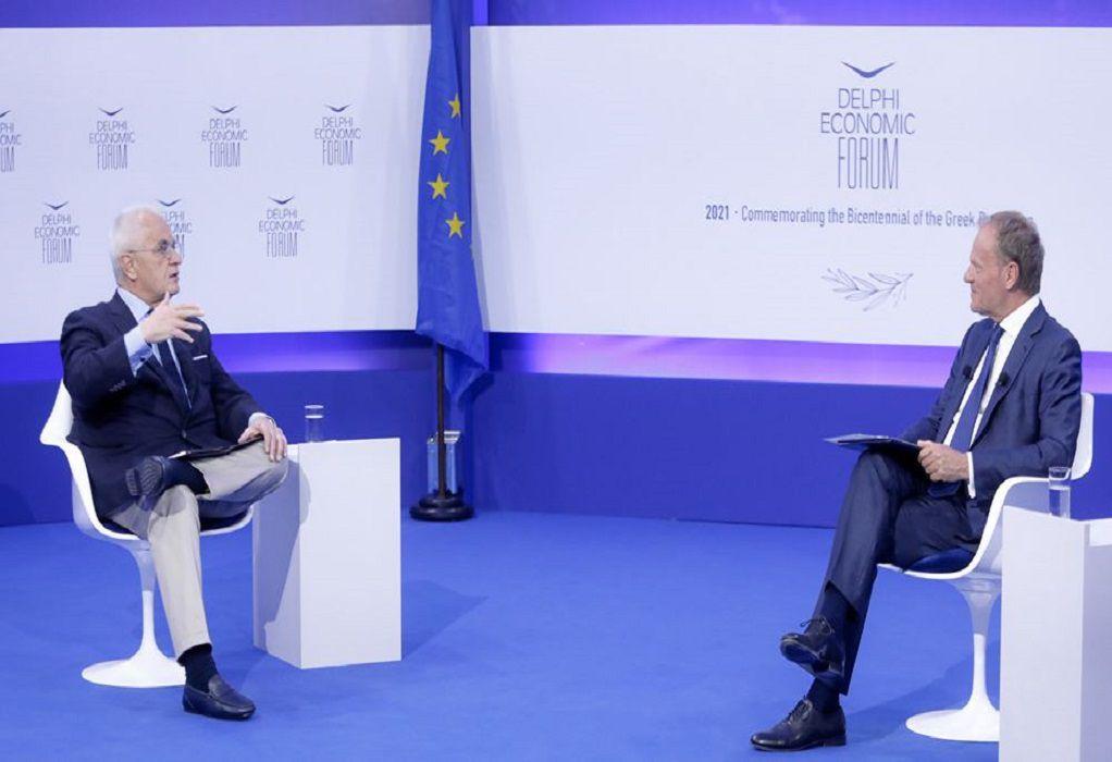 Ντόναλντ Τουσκ: Η πανδημία τα ανέτρεψε όλα, αλλά δεν απαξίωσε τη δημοκρατία