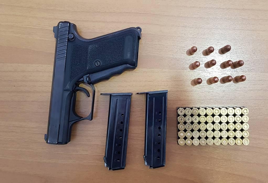 Δράμα: Συνελήφθη με όπλο στο αυτοκίνητό του