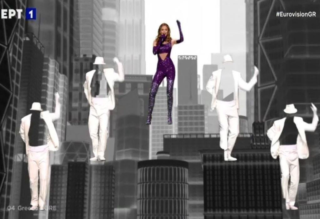 Ξεσήκωσε με την ερμηνεία της η Stefania (VIDEO)
