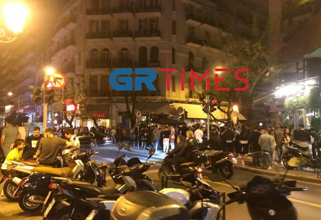 Εικόνες συνωστισμού (ξανά) στο κέντρο της Θεσσαλονίκης (ΦΩΤΟ)