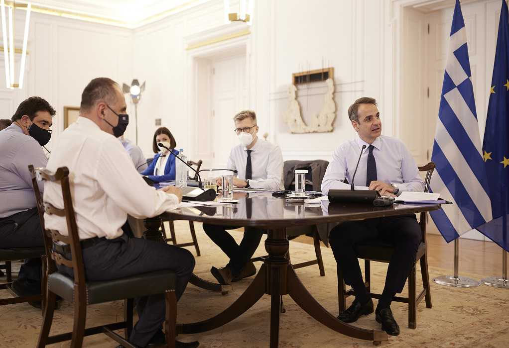 Σε εξέλιξη η συνεδρίαση του Υπουργικού – Λαμβάνονται οι αποφάσεις για τα μέτρα στήριξης