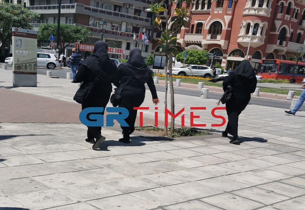 """""""Μαϊμού"""" μοναχές εξαπατούν πολίτες στη Θεσσαλονίκη (ΦΩΤΟ-VIDEO)"""