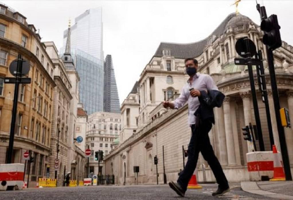Βρετανία: Ποια μετάλλαξη είναι 40% πιο μεταδοτική