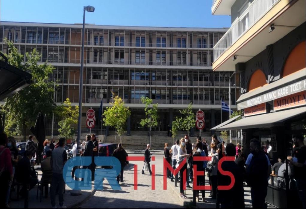 Δικαστήρια Θεσσαλονίκης: Φάρσα το τηλεφώνημα για βόμβα (ΦΩΤΟ-VIDEO)