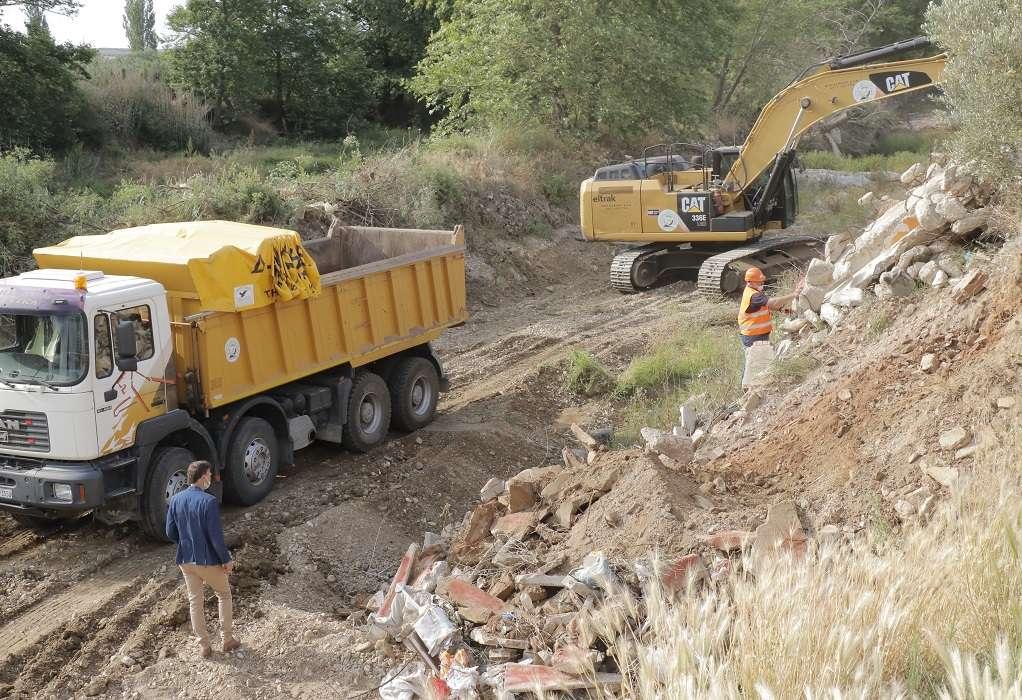 ΑΝΑΚΕΜ: Εθελοντικός καθαρισμός του ποταμού Χαβρία – Απομακρύνθηκαν 500 τόνοι απόβλητα
