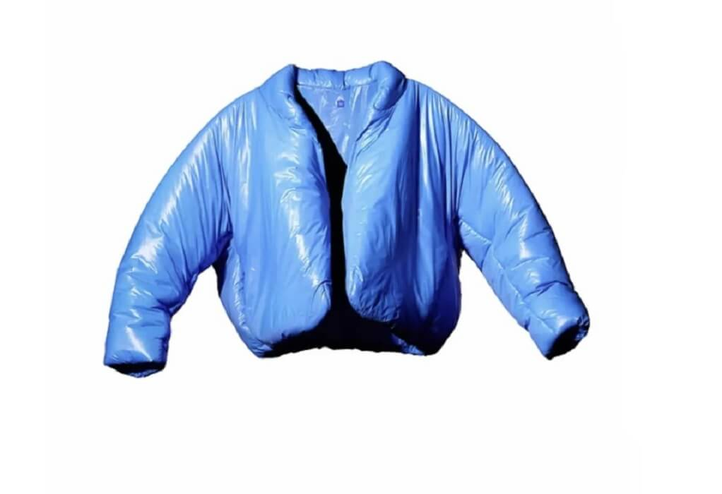 Κάνιε Γουέστ: «Εξαντλήθηκε» σε λίγες ώρες το ιδιόμορφο μπουφάν του ράπερ