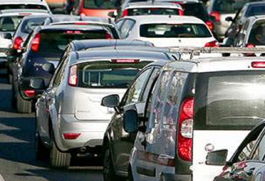 Χαλκιδική: «Σημειωτόν» τα οχήματα στην Ποτίδαια (VIDEO)