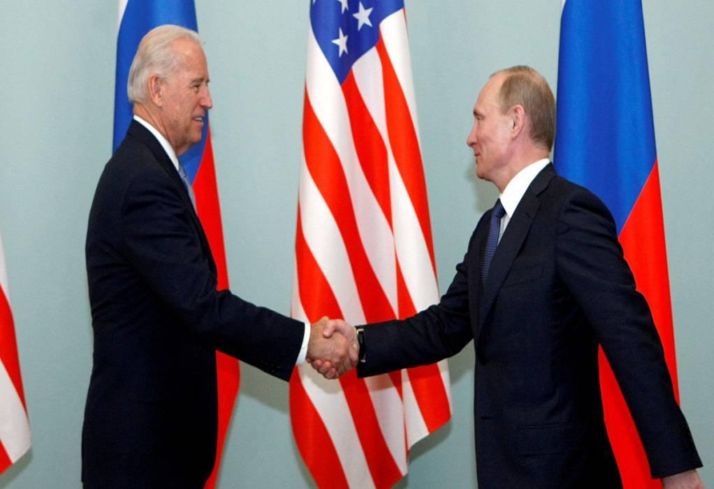 Τηλεφωνική επικοινωνία Μπάιντεν-Πούτιν για τις κυβερνοεπιθέσεις