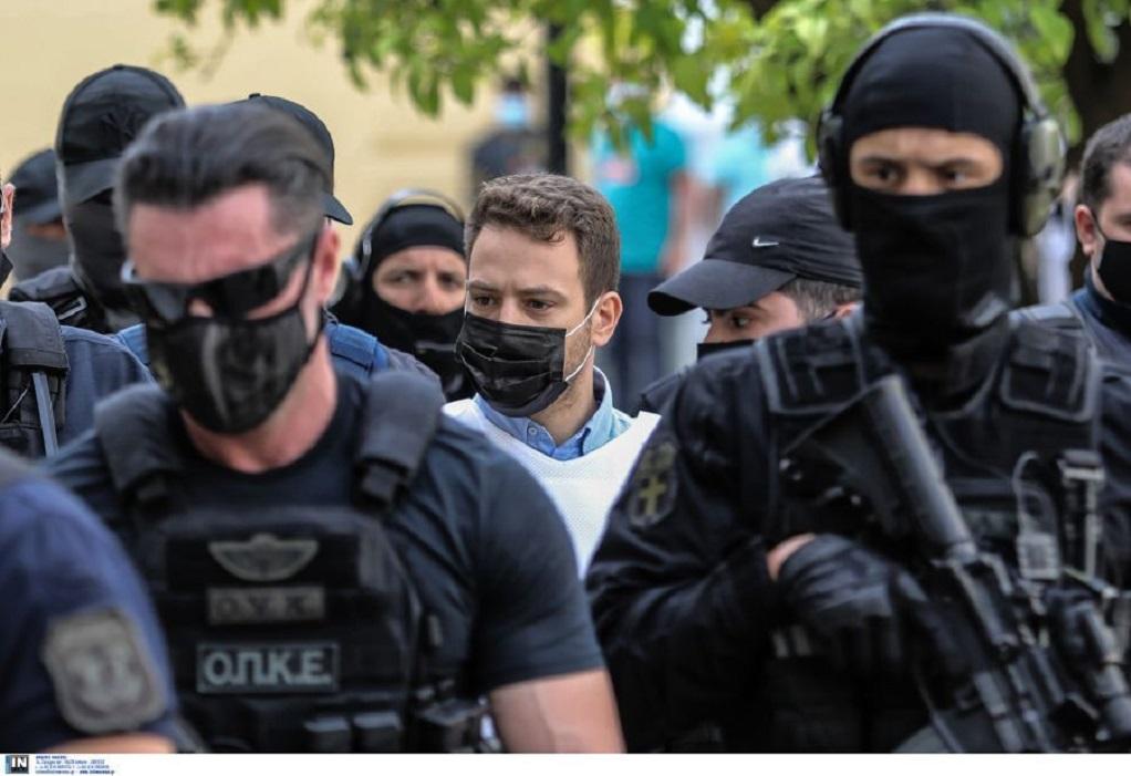 Μπάμπης Αναγνωστόπουλος: Εξώδικο για να αφαιρεθεί η φωτογραφία του από βιβλίο για τη θανατική ποινή