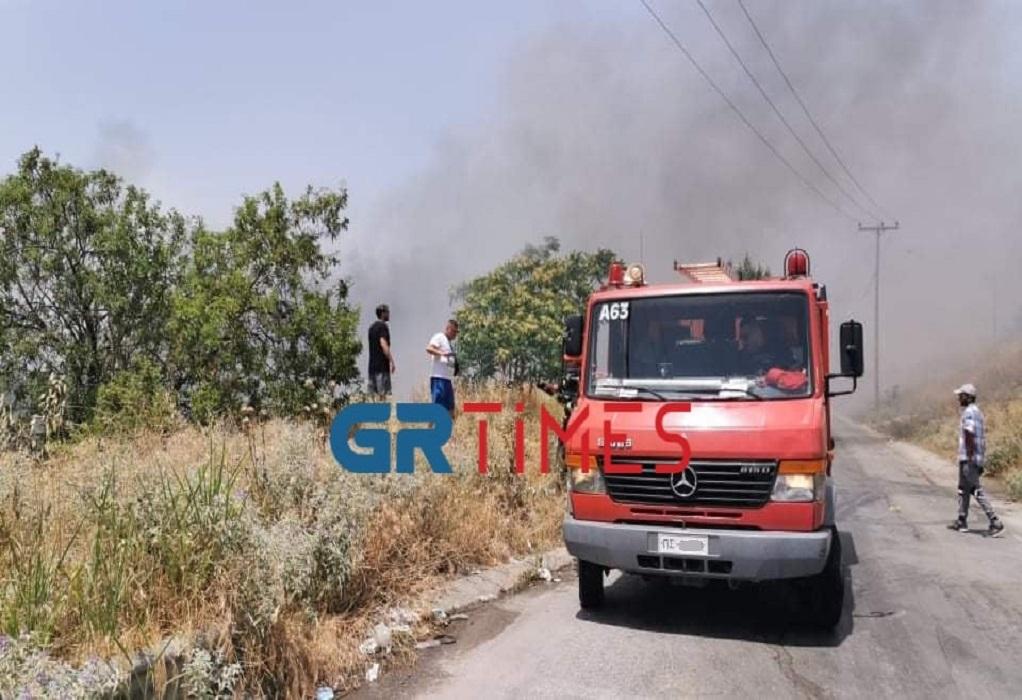 Θεσσαλονίκη: Έσβησε η φωτιά κοντά στο αμαξοστάσιο του ΟΑΣΘ