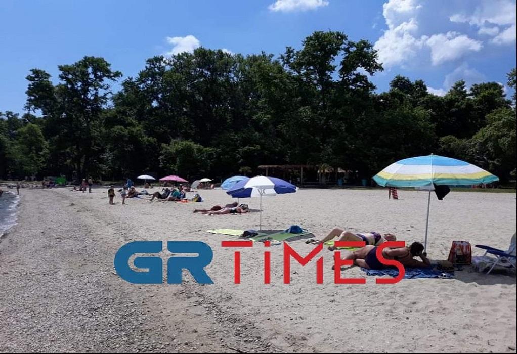 Θεσσαλονίκη: Άρχισαν να γεμίζουν σιγά – σιγά οι παραλίες, φωτογραφία-4