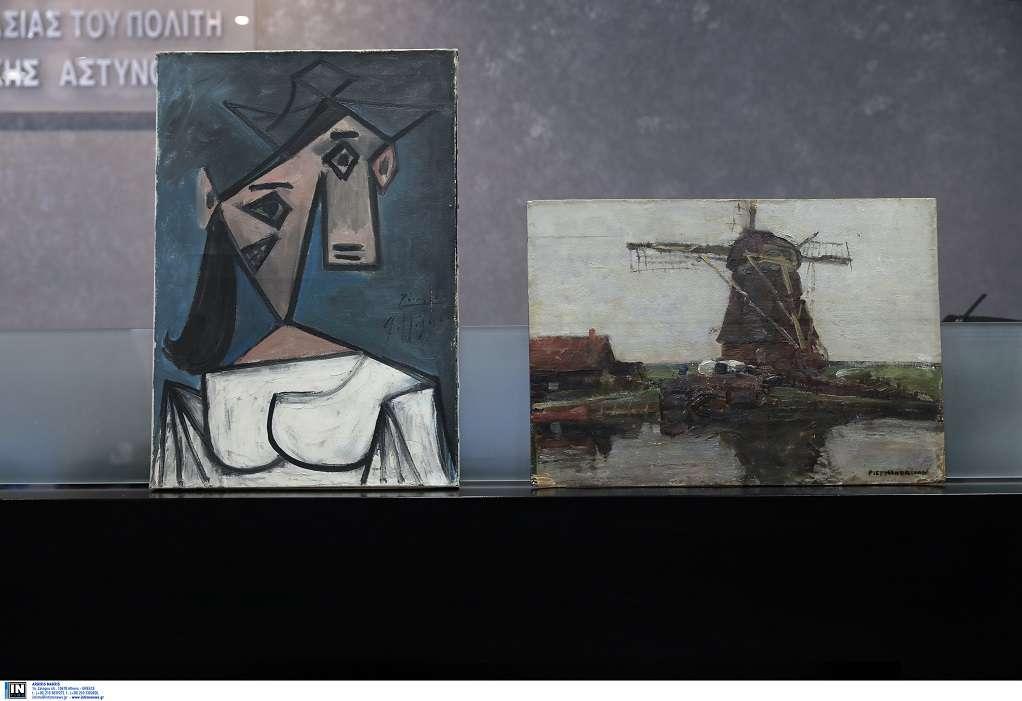 Χρυσοχοΐδης: Ένας Έλληνας στέρησε τους πίνακες, Έλληνες τους έφεραν πίσω